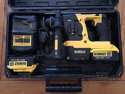 Dewalt 18V SDS+ XR Li-ion Hammer Drill with 2 x 4Ah Batteries