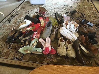 A Lot Of  24 Paired Of Used  Women Shoes