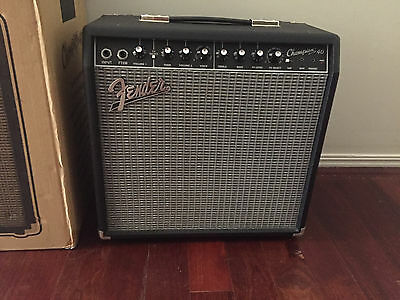 Fender Champion 40 Combo Amp with 2-Button Footswitch