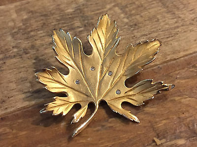 Beautiful! 14KT Yellow Gold Diamond Maple Leaf Brooch Pin CANADA