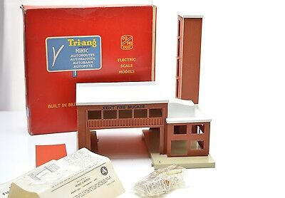 Triang Minic Motorway M1804 Fire Station