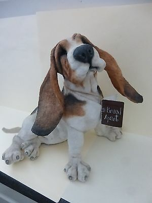A Breed Apart Berty Bassett Hound Dog Figurine No. 02843 Country Artists