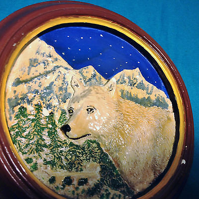 Vintage Nature Wildlife 3D Relief Plate Wolf Mountains Night Sky Ceramic/Plaster