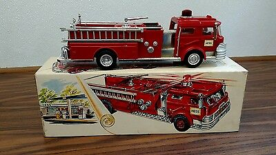 1970 HESS FIRE TRUCK - With Box - Nice Original Condition - Lights and Spins