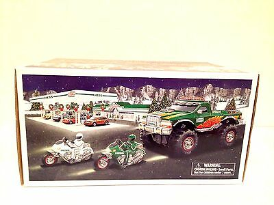 2007 Hess Monster Truck With Motorcycles - MINT IN BOX