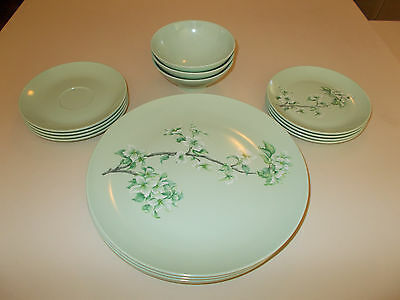 15 pc Boonton Melmac Dishes ~ Green with Dogwood ~ NICE!