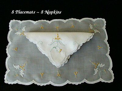 GORGEOUS0 17pc Vintage MADEIRA Linen Organdy Placemats Hand Embroidered PRISTINE