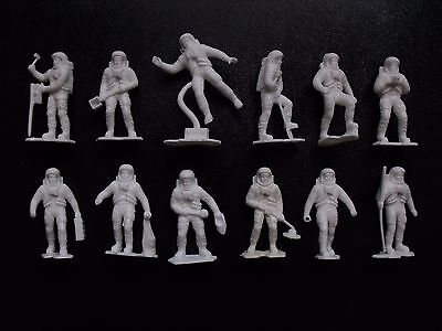 """Space Explorers Marx Toys Recast 12 Characters 2.5"""" 1960's Detailed Figures"""