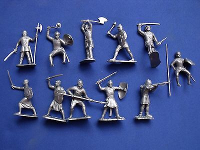 """Cruzades Knights Marx Toys Recast 11 Characters 2.5"""" 1960's Detailed Figures"""