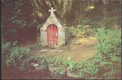 Sark, Channel Isles - Monks Well at La Seigneurie (Wishing Well) -postcard c.80s
