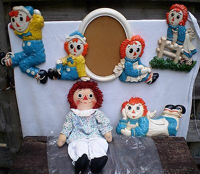 Vintage Raggedy Ann Knickerbocker 20'' Doll with Matching Wall Plaques-1970's