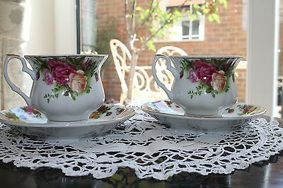 Chabby Chic Roses Tea Cup and Saucer (Pair)