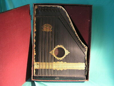 Menzenhauer's American Guitar Zither no. 3 and 1/2