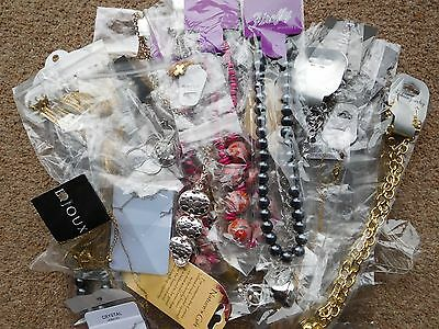 Wholesale Job Lot 50 BN Fashion Costume Jewellery Necklaces  Car Boot  25p Each