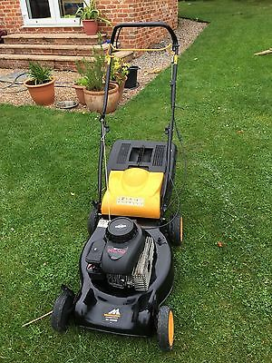 Mcculloch SELF PROPELLED Petrol Engine Mower with BRIGGS & STRATTON engine