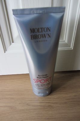 Molton Brown  4-in-1 Sport Re-Charge Black Pepper, Body, Face, Hair, Shave 200ml