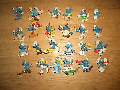 Group Of 24 Old Smurfs