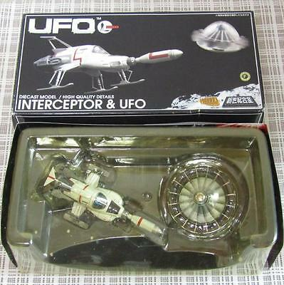 UFO SHADO Interceptor & UFO Diecast Model Chogokin Aoshima Gerry Anderson Japan