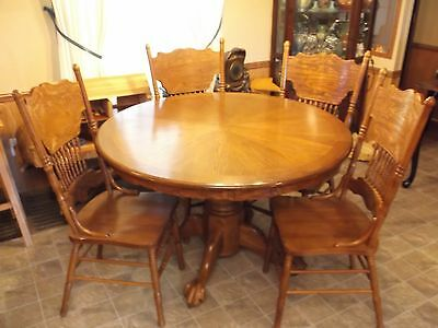 Oak Table with 4 Chairs Round Table with Leaf Extension Ball and Claw Feet