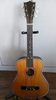 Rare vintage half scale parrot guitar working order lovely tone .