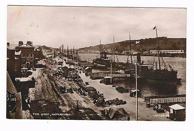 Real Photo B/w  Postcard  - The Quay - Waterford