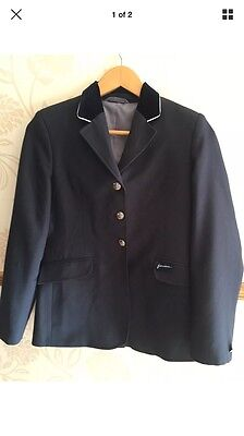 JOHN WHITAKER Girls NAVY Competition/Show JACKET SIZE 34 In Excellent Condition