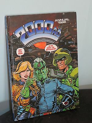 Vintage 2000 AD Annual 1988 - Judge Dredd Hardback Book. Unclipped