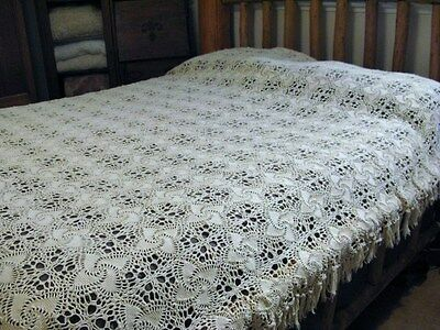 Vintage Crochet Pinwheel VERY PALE YELLOW Tablecloth Bedspread Queen Full 90x74