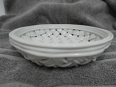 "White Basket Weave Ceramic 10 1/2"" Round Bowl Dish Made In Italy"