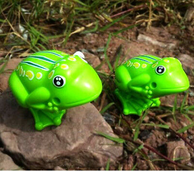 Clockwork Classic Plastic Green Frog New Kids Wind Up Childhood Toys Jumping