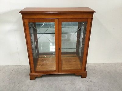 Regency Design Yew Wood Display Cabinet China Cabinet Manner Bevan And Funnell