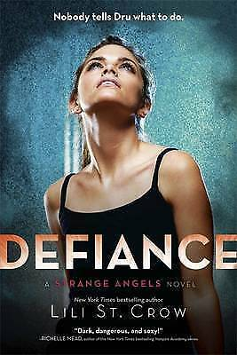 Defiance by Lili St. Crow, Book, New Paperback