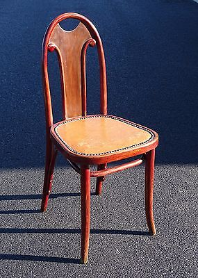 Chaise bistrot Thonet 1925 , assise Pegamoïd, design Prutscher.