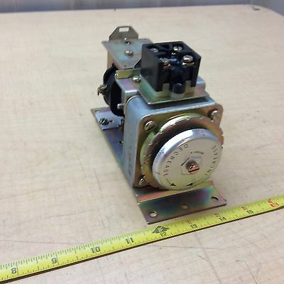 Westinghouse 1597067 AM Timing Time Relay On-Delay 600V Fixed Contacts