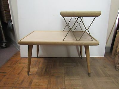 Unique Vintage Mid-Century Blond Two-Tiered End Table 2128H