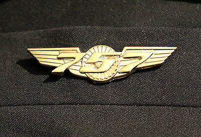 Boeing 757 WINGS gold for Pilot Crew as uniform accessory Pilot Wing metal