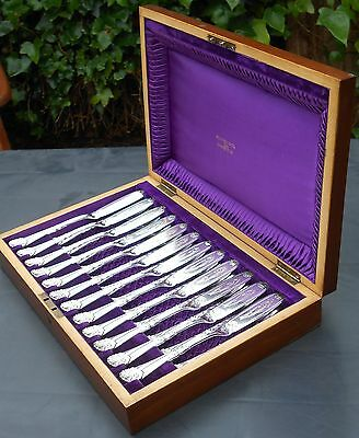 Beautiful 24 Piece Fish Cutlery Set - Walker & Hall 1893 - Silver Plated