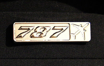 Pin BOEING 787 Rectangle Label for Pilots Crew Maintenance metal silver pin