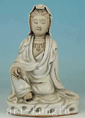 Chinese Porcelain Collection Handmade Carved Kwan-yin Buddha Statue