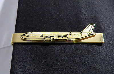 Tiebar Airbus A330 GOLD AIRPLANE Pilots Crew Maintenance metal tie clip clasp