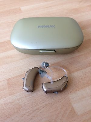 Pair Of Phonak Bolero V70-P Digital Hearing Aids