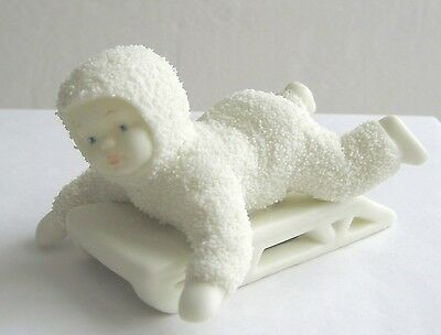 MINT Dept 56 Snowbabies HOLD ON TIGHT snowbaby riding sled snow baby 56.79561