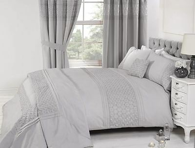 Everdean Silver Embroidered Luxury Detailed Duvet Quilt Cover Bedding