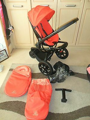 Beautifull Quinny Moodd Red Pushchair Pram Unisex & Footmuff Raincover
