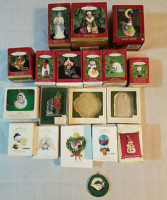 VINTAGE Lot of 19 CHRISTMAS ORNAMENTS HALLMARK mixed lot #1