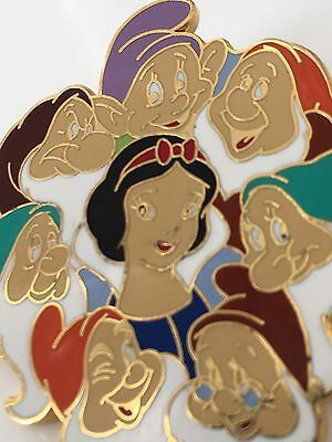 Disney Pin Snow White And The Seven Dwarfs