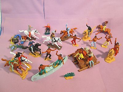 JOBLOT VINTAGE TIMPO /OTHER TOY COWBOYS & INDIANS, RAFT/CANOE, HORSES - Spares.7