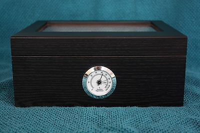 Cedar Wood Cigar Humidor with Tempered Glass Top and Hygrometer - Black