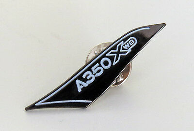 PIN Airbus A350 XWB 350 wing-tip shaped curved wing pilot gift crew lapel pin