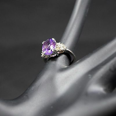 10K White Gold Cushion Cut Amethyst and 0.22ct in Diamond Ring Size 6.5